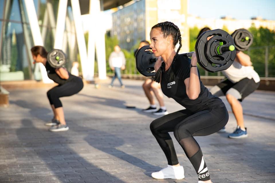 Фитнес на свежем воздухе: с чего начать? | Antenna Daily